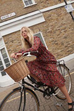 Jessie Bush wears our Wild Flower Dress cycling around her East London neighbourhood. Sandro, London Neighborhoods, New Outfits, Fashion Outfits, Chanel, Fashion Story, East London, Street Style Looks, Flower Dresses