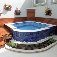 Area De Churrasqueira Com Piscina Pequena Luxo Resultado De Imagem Para Casa Piscina Pequena - Idéias de Design para Casa Swiming Pool, Small Swimming Pools, Small Backyard Pools, Backyard Pool Designs, Small Pools, Swimming Pools Backyard, Swimming Pool Designs, Mini Pool, Deck Construction