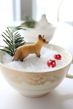 winter kid projects: DIY teacup snow scenes