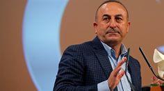 """Çavuşoğlu: Buna zırva demeyeceğim de ne diyeceğim?  Dışişleri Bakanı Mevlüt Çavuşoğlu, çok konuşulan o sözlerine açıklık getirdi. Çavuşoğlu açıklamasında """"Almanya'da bir gazeteci, 'Sizin ülkenize gelen her turist tutuklanıyormuş, o yüzden gelmeye korkuyoruz' diyor. Ben de bunun zırva olduğunu söyledim."""