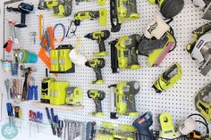 How to organize your workshop with pegboard