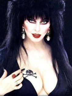 Elvira <3