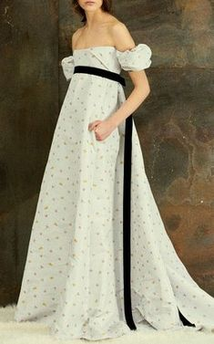 Off-The-Shoulder Gown by Philosophy di Lorenzo Serafini Pre-Fall 2018