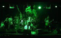 """""""Nación Alterna"""", una asociación de bandas y músicos de rock de Chimbote, organizará por primera vez en esta ciudad un conversatorio sobre el rock y su importancia como manifestacion cultural. La actividad se llevará a cabo en """"Machinero's Rock Bar"""" (frente a la Plaza de Armas) este jueves 13 a las 7 de la noche. La entrada es gratis."""