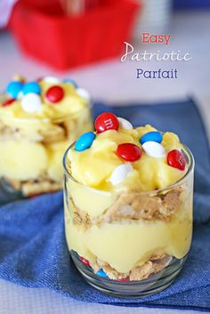 Easy Patriotic Parfait -It takes just a couple ingredients, minimal prep time & yet still brings BIG smiles! I haven't met anyone who turned one down. on kleinworthco.com