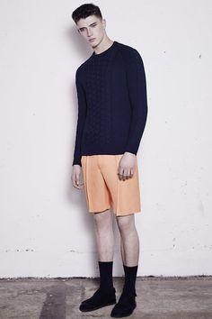 Collection mode été 2015 de la marque Joseph. Cette collection est inspirée des photos de Bruce Davidson et son album Brooklyn Gangs.