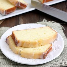 Perfect recipe for the Meyer lemons Melanie just gave me.  Yum!  Meyer Lemon Pound Cake by Tracey's Culinary Adventures, via Flickr