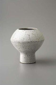 Hans Coper; White Glazed Stoneware Vase with Manganese Speckle, c1954.