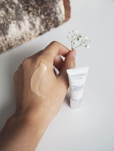 Lumene Invisible Illumination by beauty blogger Erika Naakka | NUDE