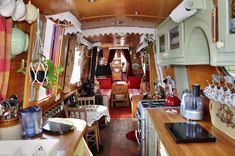 Inside the narrowboat. I want to ride in a canal boat from Oxford to London. Living On A Boat, Tiny Living, Living Spaces, Sailboat Living, Canal Boat Interior, Barge Interior, Narrowboat Interiors, Narrowboat Kitchen, Canal Barge
