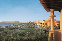 Looking for an amazing place to BE in Dubai? Check out our Top 11 best hotels in Dubai !