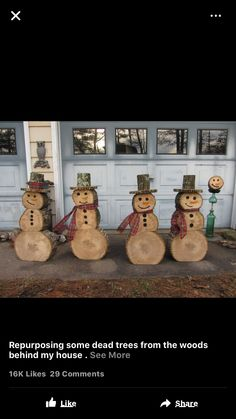 If you're cutting some trees this fall than save some round and make snowmen. - chryssa HOME DECOR Christmas Log, Homemade Christmas, Christmas Projects, All Things Christmas, Holiday Crafts, Christmas Ornaments, Cabin Christmas Decor, Lawn Ornaments, Log Snowman