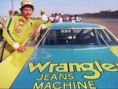 This is the very first race and picture with wrangler as sponsor, this was the last race in 1979 in Ontario Canada the last race of season, Dale's rookie year. Notice no wrangler on his driver's suit. Dale Earnhardt Chevrolet, Dale Earnhardt Jr, Nascar Sprint Cup, Nascar Racing, Auto Racing, The Intimidator, Garage Art, World Of Sports, Famous Faces
