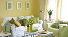 wohnzimmer streichen ideen weißes sofa gelb grüne akzente