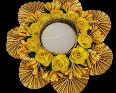 Diya Decoration Ideas, Diwali Decoration Items, Diwali Decorations At Home, Festival Decorations, Candle Decorations, Diwali Craft, Diwali Gifts, Diwali Diya, Diwali Gift Hampers