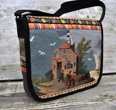 Lovely messenger bag by dutchsisters on Etsy, $89.00