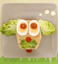 Club Sandwich Woufff : poulet, salade, tomage et fromage Kiri ! #kiri #kids #food #fun #c4m #sandwich