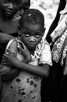 Children of Poverty Photojournalism, Look Again!!  Rafiq Elmansy (admin) | February 2, 2010 | 28 Comments