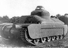 Unarmed Char G-1 - French prewar heavy tank prototype