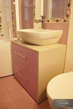 Amenajare completa apartament | Lignaprod Kitchen Cabinets, Vanity, Bathroom, Home Decor, Houses, Dressing Tables, Washroom, Powder Room, Decoration Home