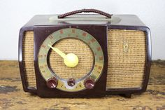 Vintage 1950s Brown Zenith Radio by reAwesome on Etsy, $28.00