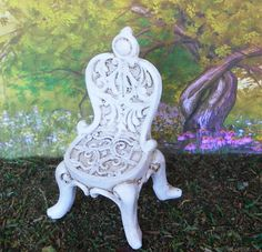 A miniature princess chair to give your fairies a grand seat in the miniature fairy garden. A detailed ornate mini chair perfect for mini tea parties.