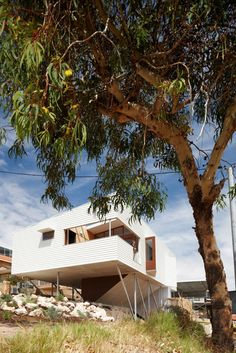 suburban beach house david barr ross brewin