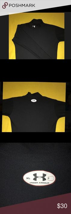 Under Armour fitted shirt men's XL Long sleeve pre owned black muscle shirt Under Armour Shirts