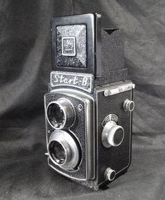 Vintage TLR film camera Polish Start B with leather case