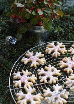 Weihnachtsbäckerei - Zitronen-Flöckchen