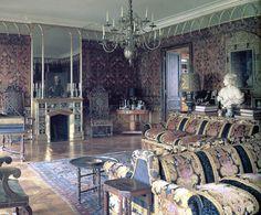 Nureyev's Paris living room decorated by Renzo Mongiardino.