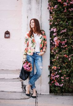 9 Ways to Wear Big Floral Prints for Spring!