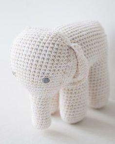 """anne-claire petit """"elephant"""""""
