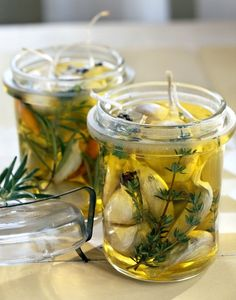 """confit au thym et au romarin Ail confit au thym et au romarinAiles Ailes or aile may refer to: Aile is the French word for """"Wing"""" Cooking Tips, Cooking Recipes, Healthy Recipes, Chutney, Fingers Food, Cuisine Diverse, Marinade Sauce, Good Food, Yummy Food"""