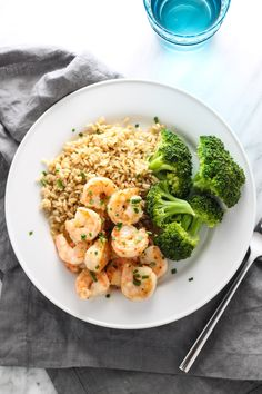 Ready in 10 minutes, this Low FODMAP Maple Dijon Shrimp is a quick, sweet and savory twist on plain shrimp. It's also gluten free and dairy free. Seafood Recipes, Diet Recipes, Healthy Recipes, Lunch Recipes, Healthy Food, Recipies, Prawn Recipes, Supper Recipes, Whole30 Recipes