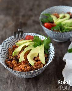 Nopea arkiruoka: Tomaattinen kvinoa-papupata | Kokit ja Potit -ruokablogi Healthy Cooking, Healthy Eating, Vegan Recipes, Cooking Recipes, Meal Planning, Food And Drink, Vegetarian, Yummy Food, Nutrition