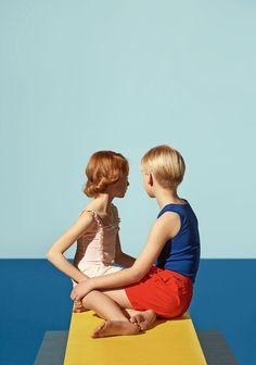 "SÉRIE MODE : DAVID HOCKNEY'S POOL -Photographies d'Oliver Spies, in ""MilK 44"" - Hommage à David Hockney"