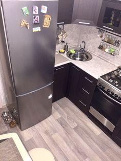 Kitchen Room Design, Interior Design Kitchen, Kitchen Decor, Micro Kitchen, Compact Kitchen, Small Kitchen Renovations, Basement Kitchen, Interior Design Living Room, Home Kitchens