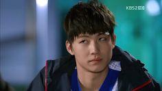 Lmao JB's judging face