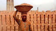 শ্রমজীবী মানুষের অধিকার আদায়ের দিন আজ - http://paathok.news/22964