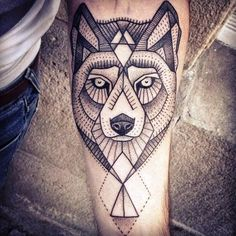 stilisierte Wolf-Darstellung-Unterarm-Tattoo Design für Männer