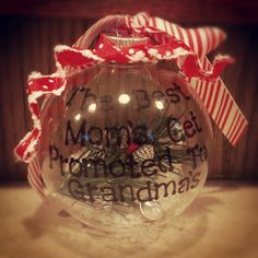 Gift for parents to announce pregnancy