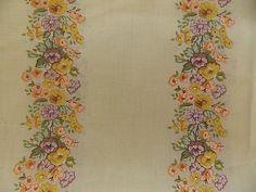 Estate Fabric Vintage Retro 2 Yds Floral Flower Garden Beautiful