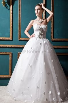Robe de mariée de mode de bal de col en cœur longueru au niveau de sol avec…