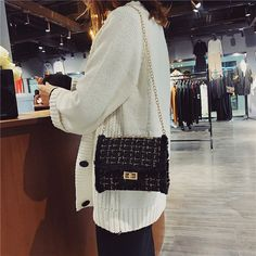 Kelly's Cross-Body Wool Shoulder Bag with Tide Chain – Lassgirl Chain Crossbody Bag, Crossbody Shoulder Bag, Danish Fashion, Cover Style, Popular Handbags, Cute Bags, Japan Fashion, Casual Bags, Purse Styles