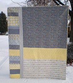 Quilt Story: Wonderful memory quilt from Nancy Noodle.beautiful quilt-LOVE the colors! Quilt Baby, Rag Quilt, Colchas Quilting, Quilting Projects, Quilting Designs, Quilting Ideas, Modern Quilting, Backing A Quilt, Quilt Border