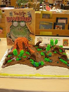 Ten Little Dinosaurs  Edible Book Contest  Independence High School   2010 Entry