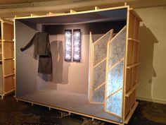 """Exposition """"Deux temps, trois mouvements"""" du 21.05 au 21.06.14 - Ensemble blouse et jupe de Constance Boutet, tableaux lumineux d'Aya Muramatsu et paravent en bois et organza de soie des Nanük Design."""