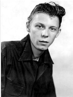 Rockabilly Legend Johnny Powers joined Jimmy Williams and the Drifters in 1954 on Rhythm Guitar. Rockabilly Artists, Rock And Roll, Genre Musical, Rockabilly Rebel, Teenage Werewolf, British Rock, Music Photo, Psychobilly, Blues