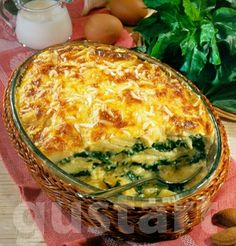 spenótos rakott burgonya - layered potato with spinach Croatian Recipes, Hungarian Recipes, Potato Recipes, Vegetable Recipes, Vegas, Main Dishes, Healthy Living, Food And Drink, Lunch